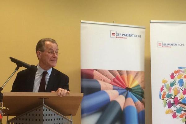Managementpreis für Christian Faludi durch Franz Müntefering übergeben